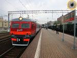 Из Москвы в Лотошино идут автобусы, а на электричке можно доехать лишь до Волоколамска, а там сделать пересадку