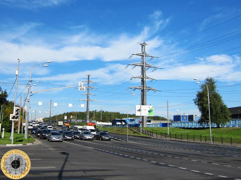 Митино, четвёртый светофор на Пятницком шоссе. Вид с чётной стороны.