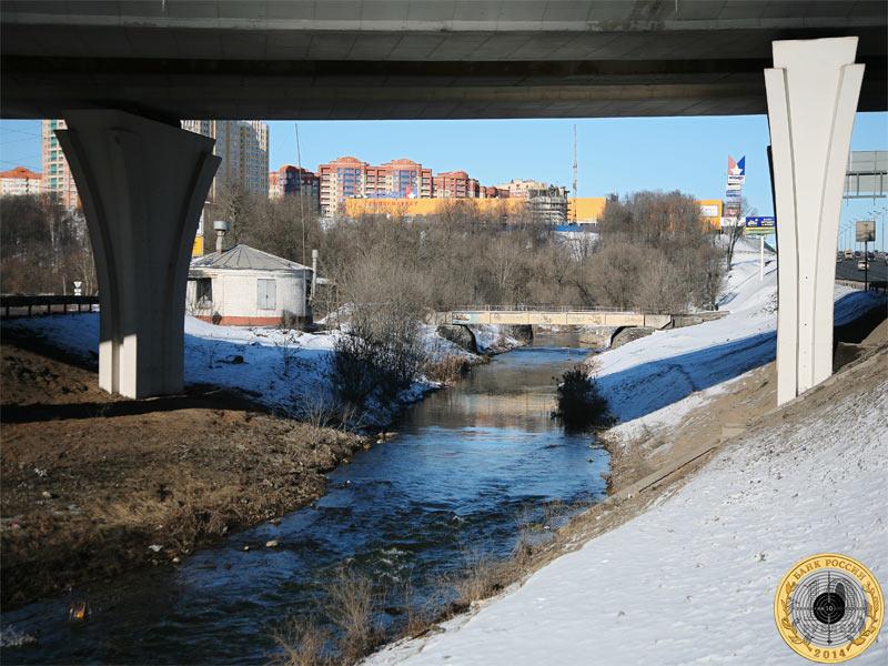 Мост над рекой Сходней у МКАДа